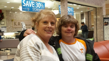 Lynda and Amy at the mall